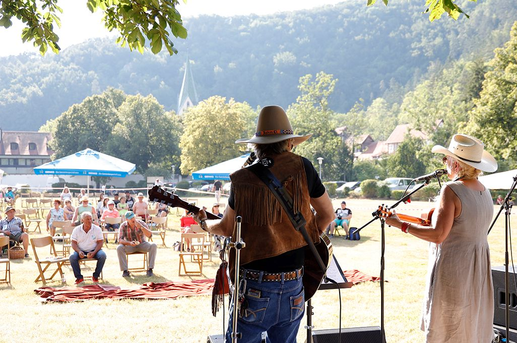 Country im Park